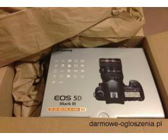 Canon EOS-5D Mark IV DSLR Camera Kit with Canon EF 24-70mm