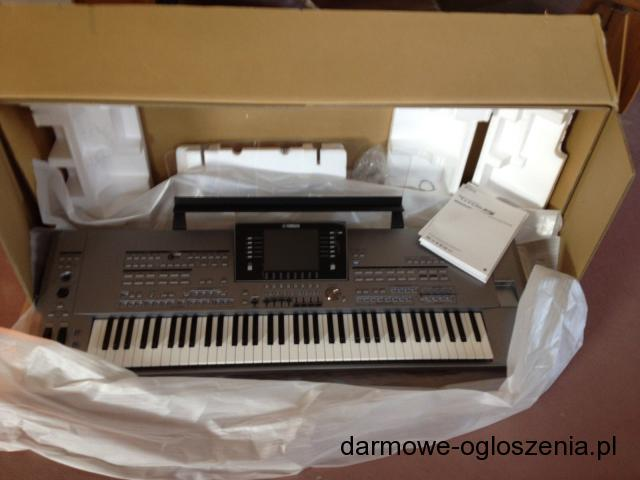 Yamaha Tyros5 76-Key Arranger Workstation Keyboard